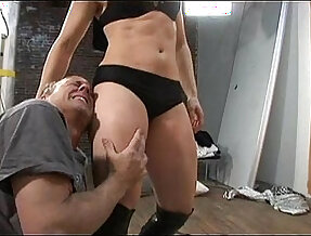 Mistress Cindy Huntress