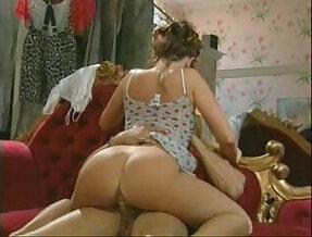 Sexy MILF fucked