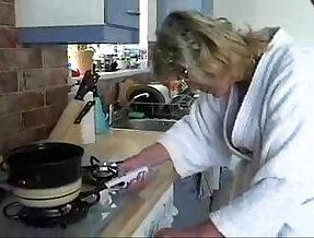 569 redtube kitchen  porn videos