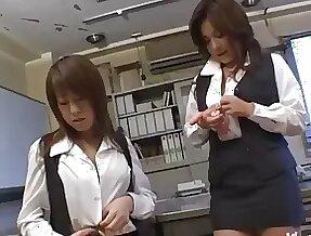 Stunning Chinatsu Nakano loves masturbating with different toys