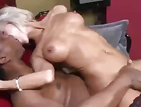 How transmitted to older woman fucks with black guy!
