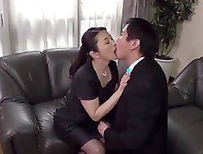 HOT JAPONESE MOTHER IN LAW AND STEPSON 13060