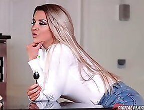 Hottie with juicy ass Sienna Day gets rammed in different positions