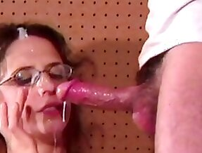 Hairy Cunted Anal Milf Lena Glasses Jizzed On