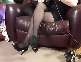 Talk in pantyhose and heels 6